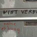 Briefkastenaufschrift mit Rechtschreibfehlern (2015-06-11)